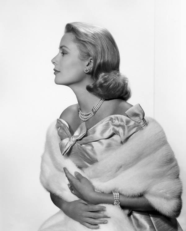 anh-chan-dung-Grace-Kelly-chup-boi-Yousuf-Karsh